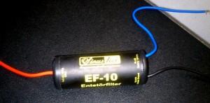 Entstörfilter aus dem Car Audio Bereich an WR250R