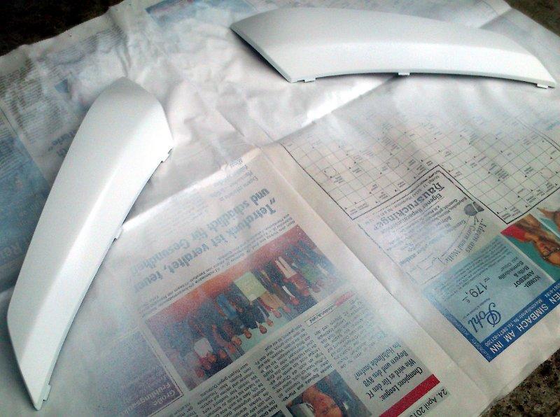 NC700X Gepäckfachdeckelrippen weiß lackiert
