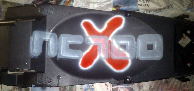 Missglückter Airbrush auf Kotflügelunterteil der NC700X