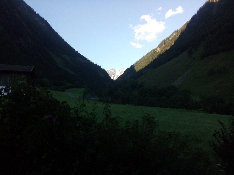 Morgendlicher Blick Richtung Glockner